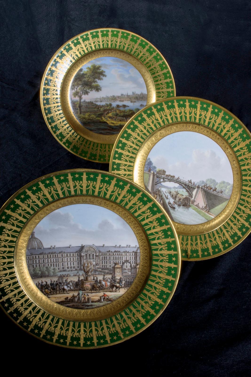 Manufacture impériale de Sèvres, assiettes du service particulier de l'Empereur, Le Pont sur pilotis de la Vistule à Varsovie, (dépôt du Mobilier nati