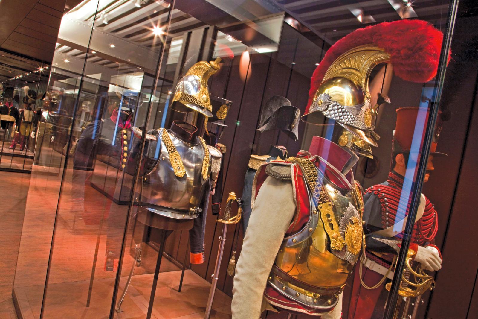 La salle Restauration-monarchie de Juillet au musée de l'Armée, Invalides.