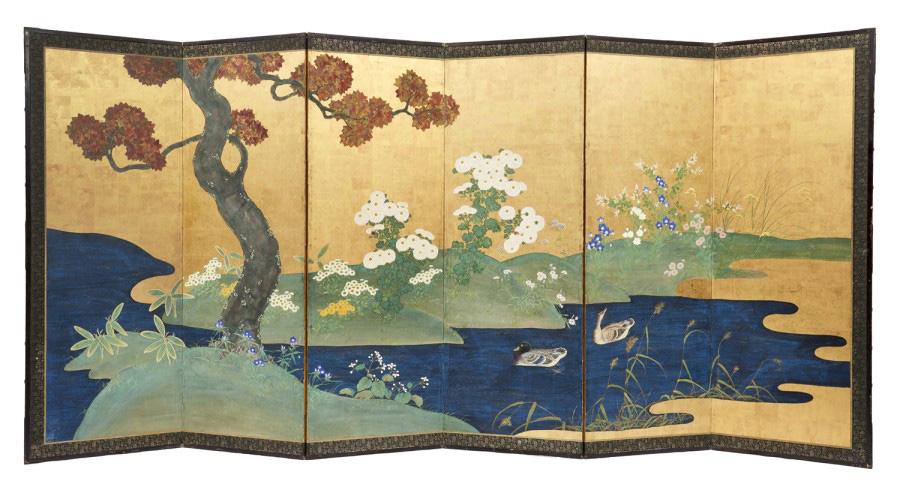 18750€. Japon,périodeEdo(1603-1868), deux paravents byobu à six feuilles peintes de fleurs et d'arbresde printemps et d'automne, chaque feuille: