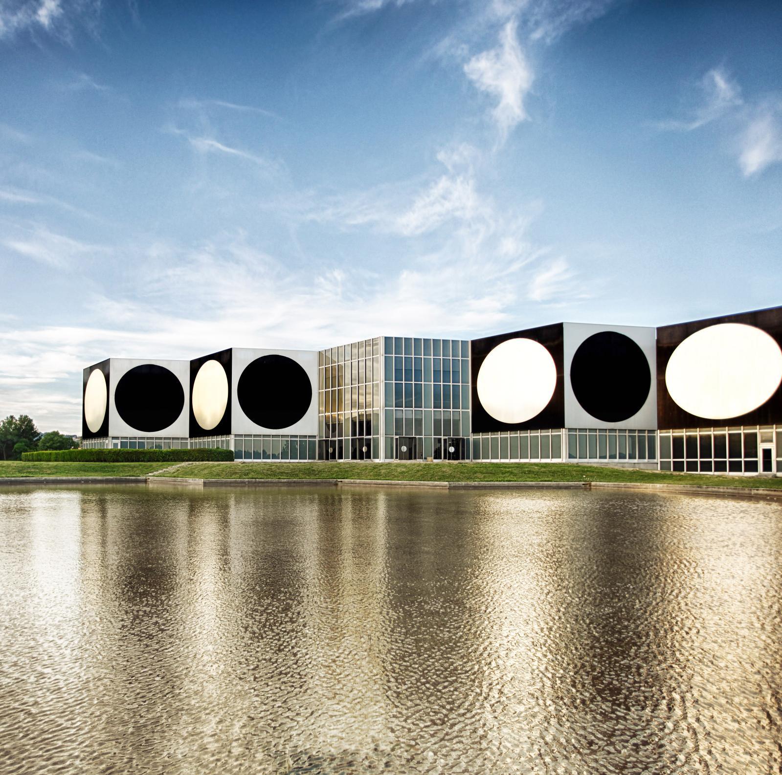 Fondation Vasarely à Aix-en-Provence.