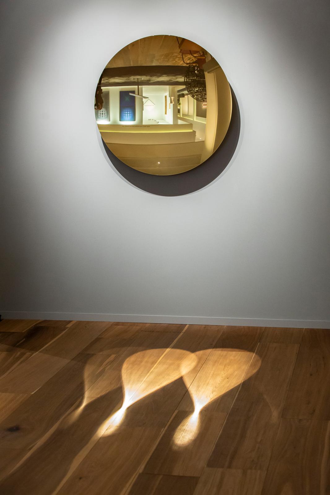 Stand de la Tina Kim/Kukje Gallery.Tefaf Maastricht 2019.