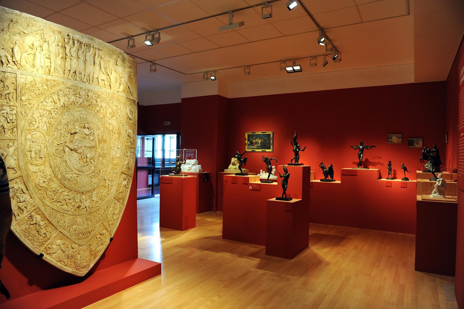 Vue de la salle principale avec, à gauche, le bouclier de la France et, à l'arrière-plan, la petite statuaire. © Saragoussi - Musée Paul-landowski ©A