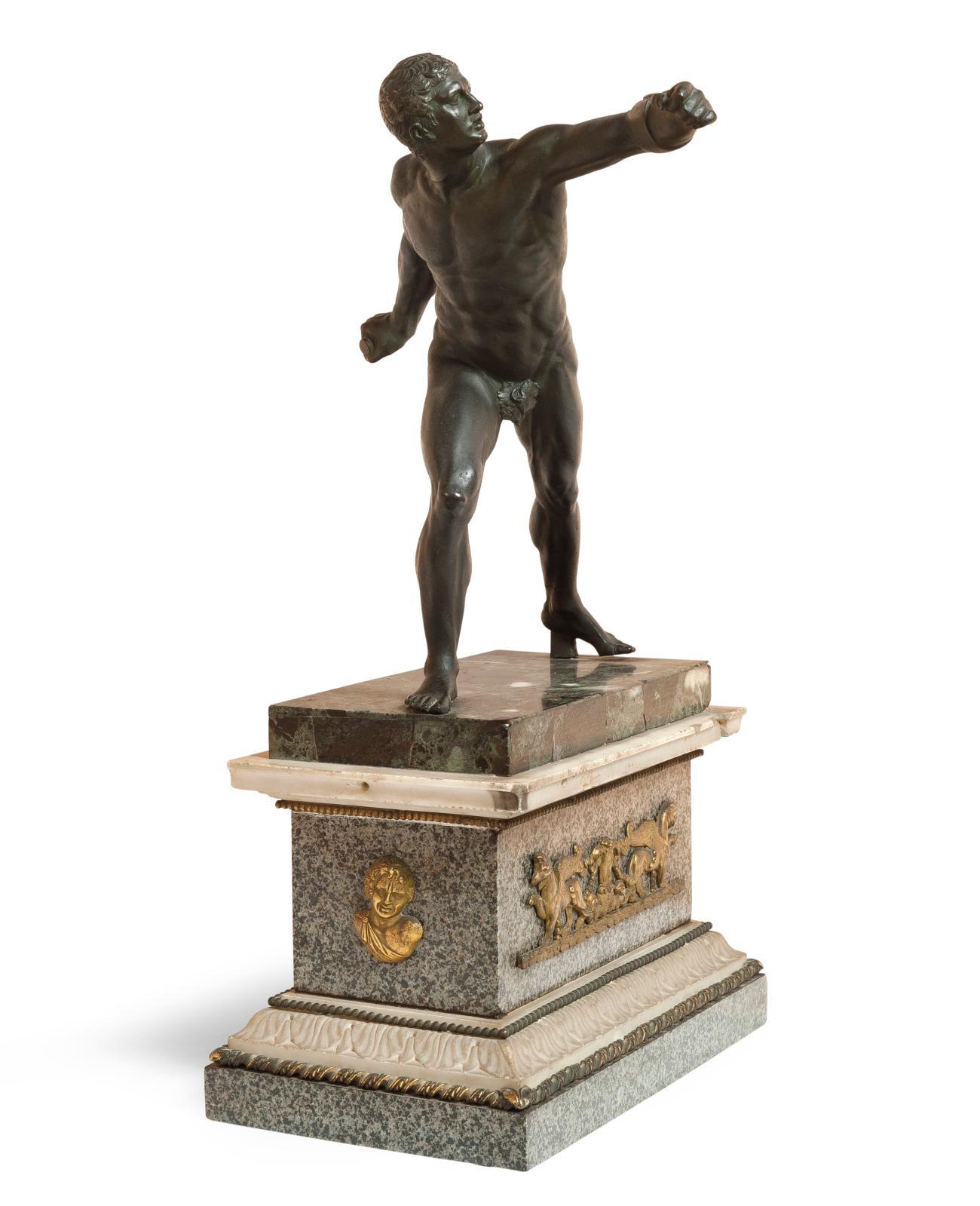 Attribué à Francesco Righetti(1738-1819). Gladiateur Borghèse, bronze patiné sur un socle en marbre orné de bronzes dorés, fin du XVIIIesiècle, dim.