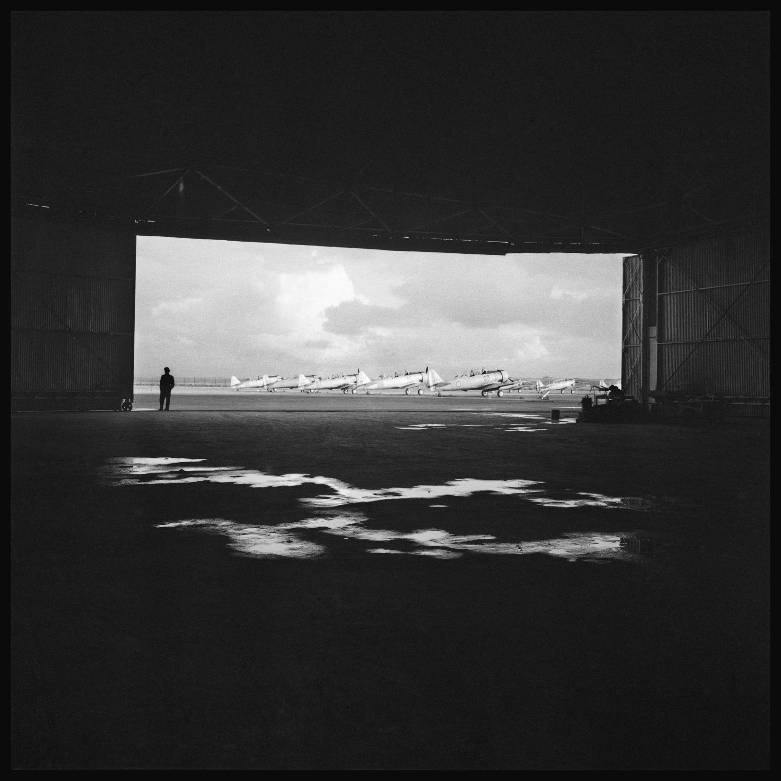 Raymond Depardon, Base aérienne de Cognac, Charente, 1963.