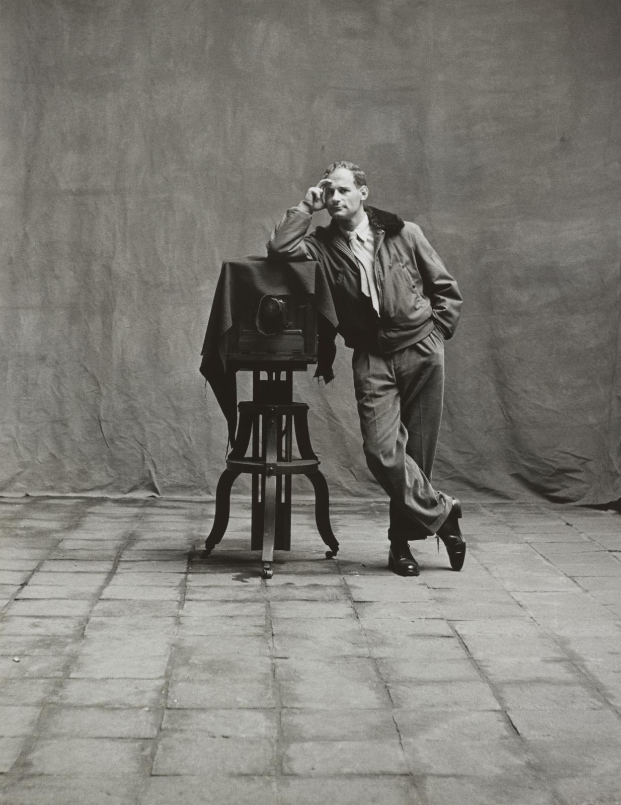 Picture of Self [Autoportrait], Cuzco, 1948, épreuve gélatino-argentique, 34X26,4cm. ©Condé Nast