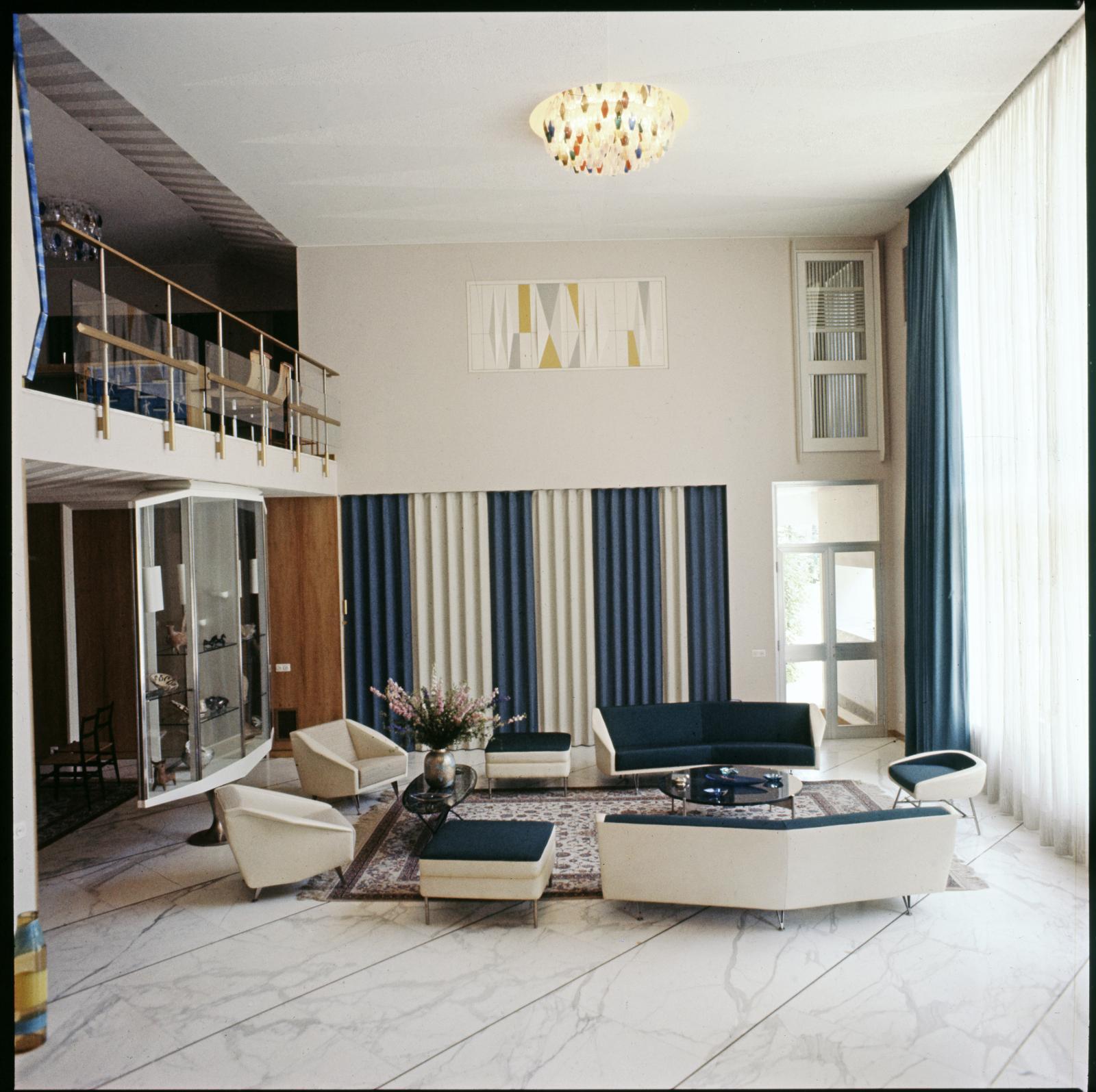Salon de la villa Nemazee, Téhéran, 1964.