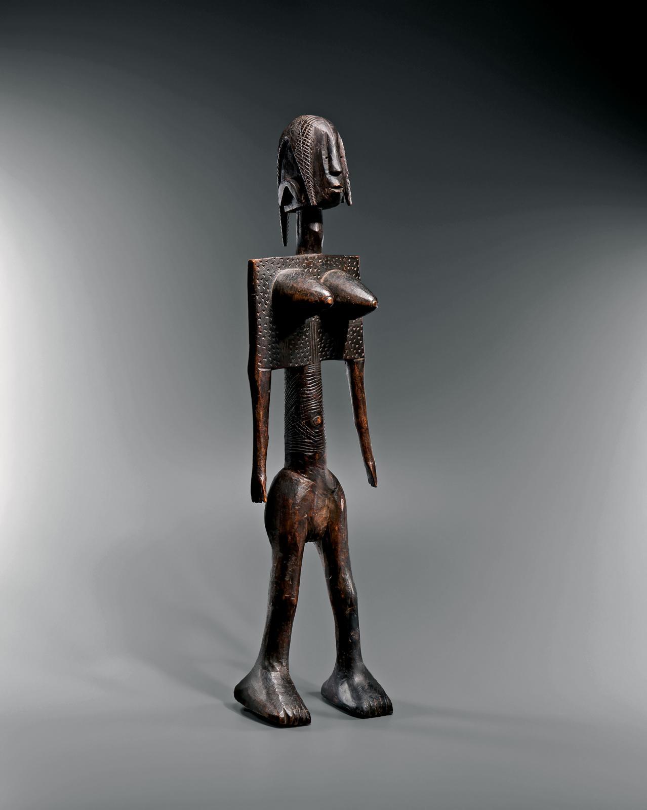 Bambara, Mali, début du XXesiècle. Statue, bois, h.71,5cm. © Galerie Lucas Ratton, photo Vincent Girier-Dufournier
