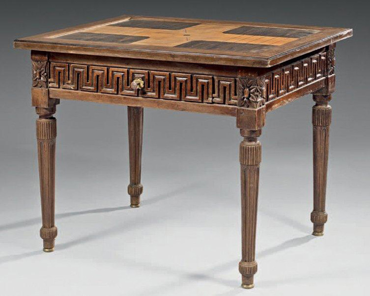 "€893 ""Hopscotch» gaming table, made of fruitwood veneer in walnut frames, southern work around 1800, 74 x 91.5 x 69 cm. Drouot, 14 May 2014. Maigret ("