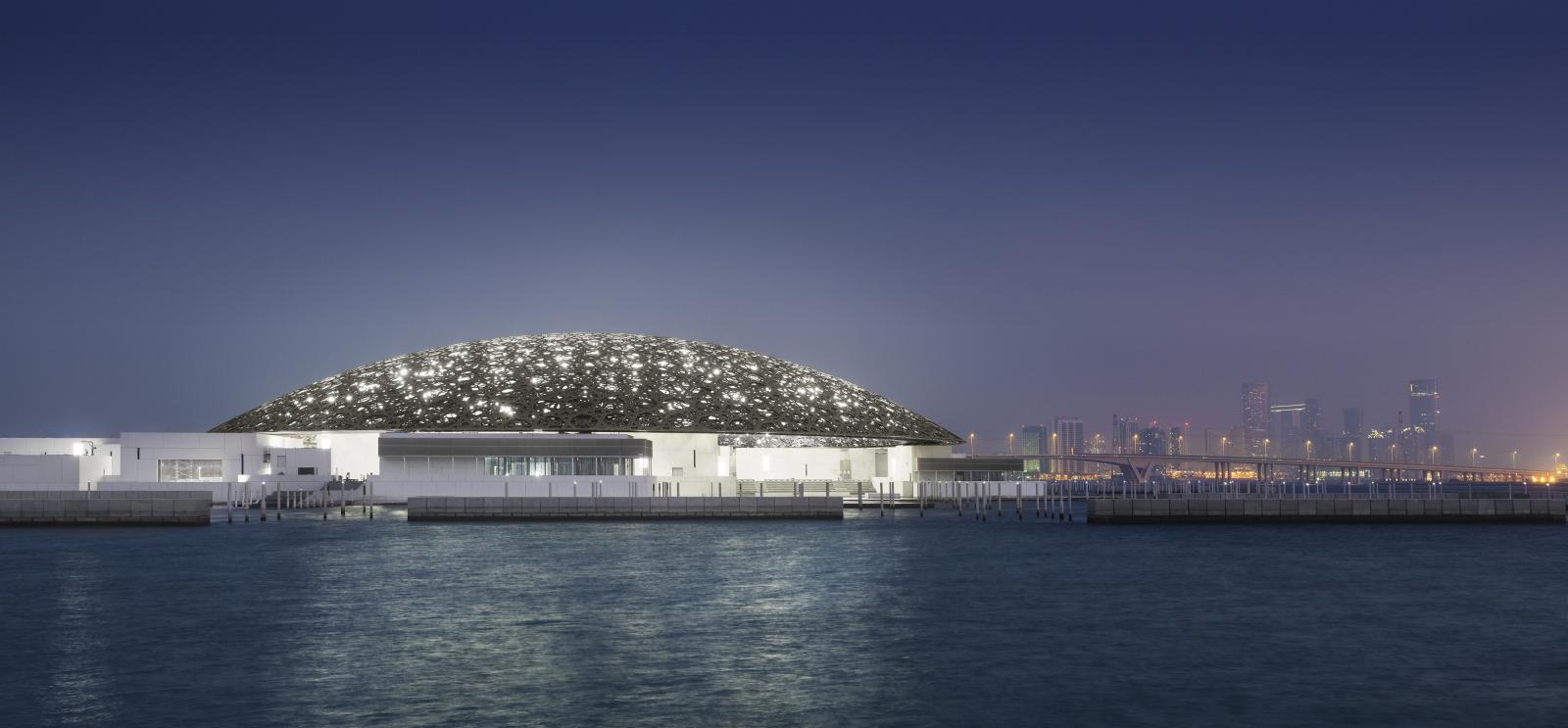 Louvre Abu Dhabi, sur l'île de Saadiyat, © Photo Mohamed Somji