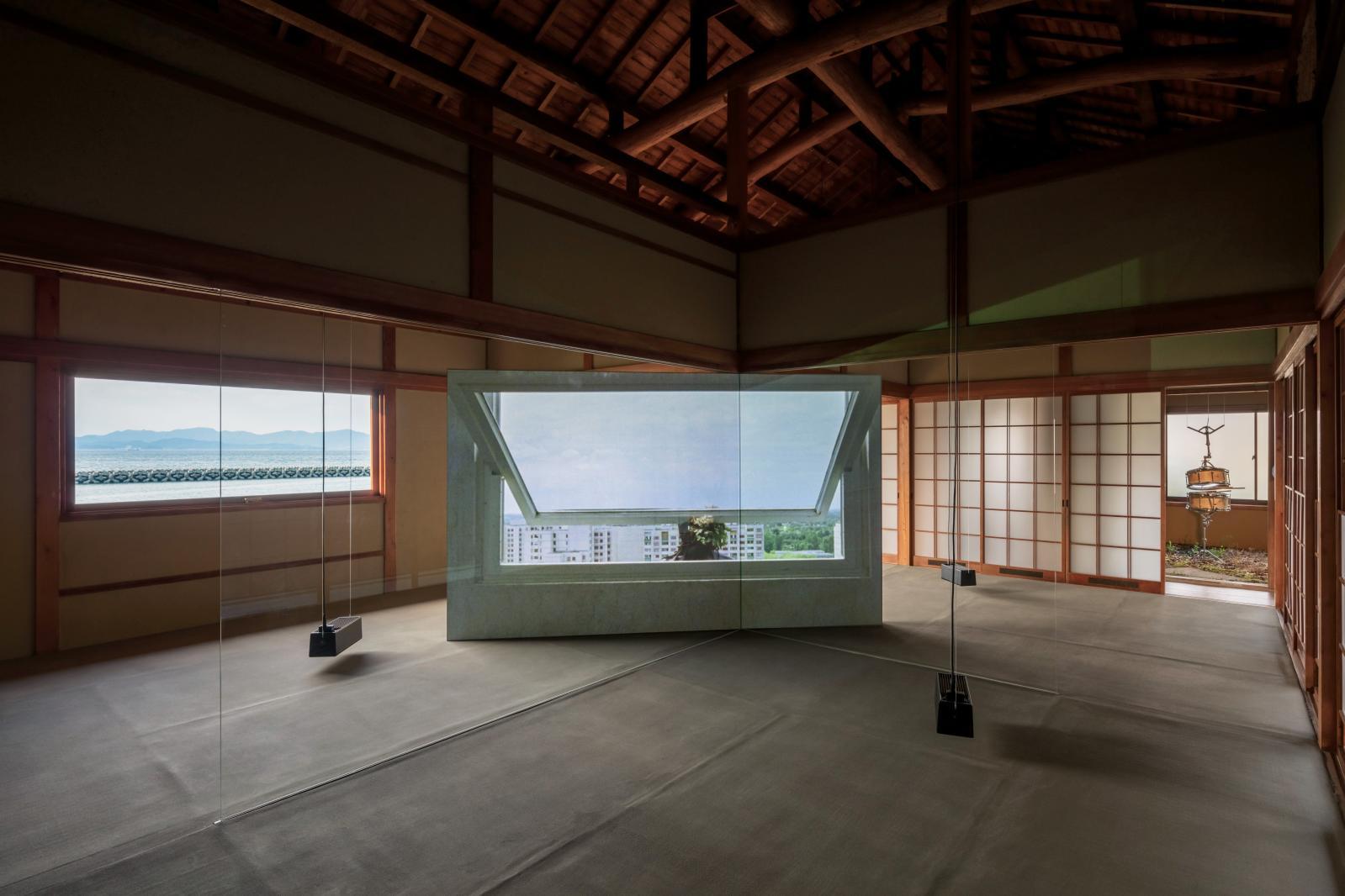 L'installation sonore et vidéo All of a Tremble d'Anri Sala, 10eBenesse Prize en 2013, est présentée à Teshima. ©Photo Naoharu Obayashi