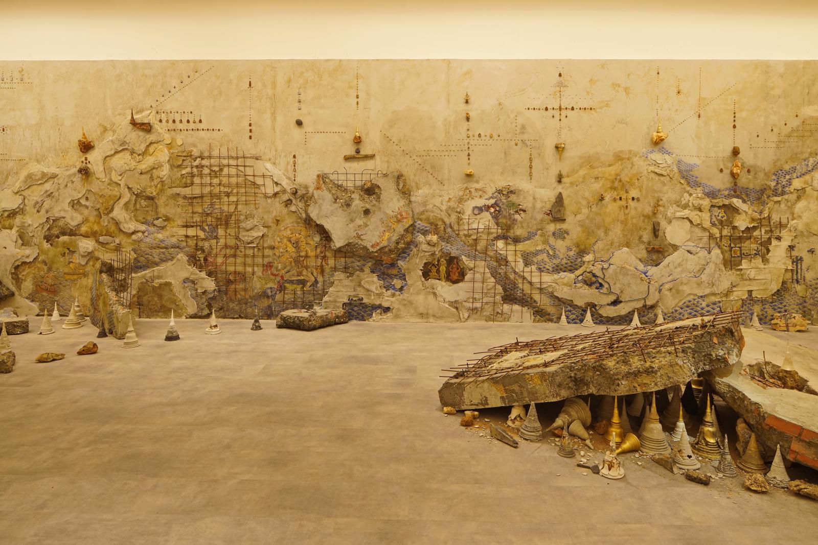 Aftermath (2016), de Pannaphan Yodmanee, dernière lauréate du Benesse Prize, repérée à la 5eBiennale de Singapour. Courtesy of Singapore Art Museum