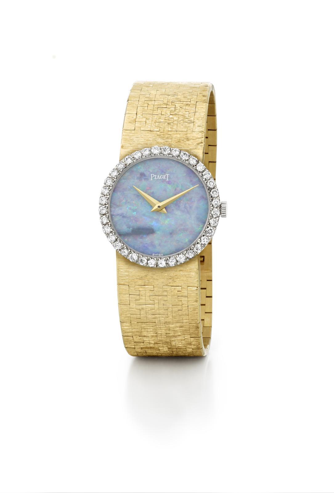 Montre Piaget «Tradition», ayant appartenu à Elizabeth Taylor, boîte et bracelet en or jaune, lunette en or gris serti de trente-sixdiamants, cadran