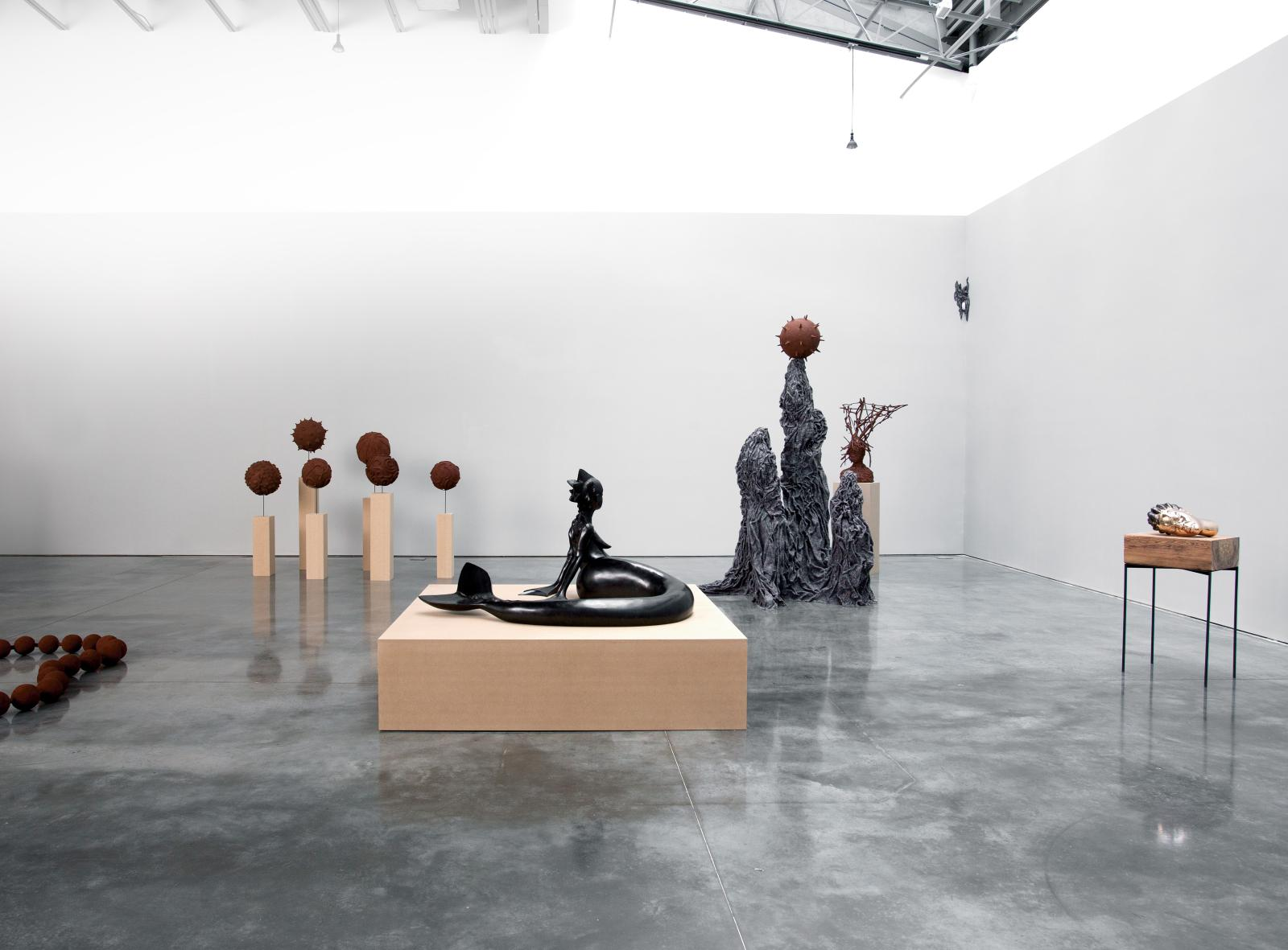 Wangechi Mutu (1972), Ndoro Na Miti, installation. © WANGECHI MUTU COURTESY GLADSTONE GALLERY