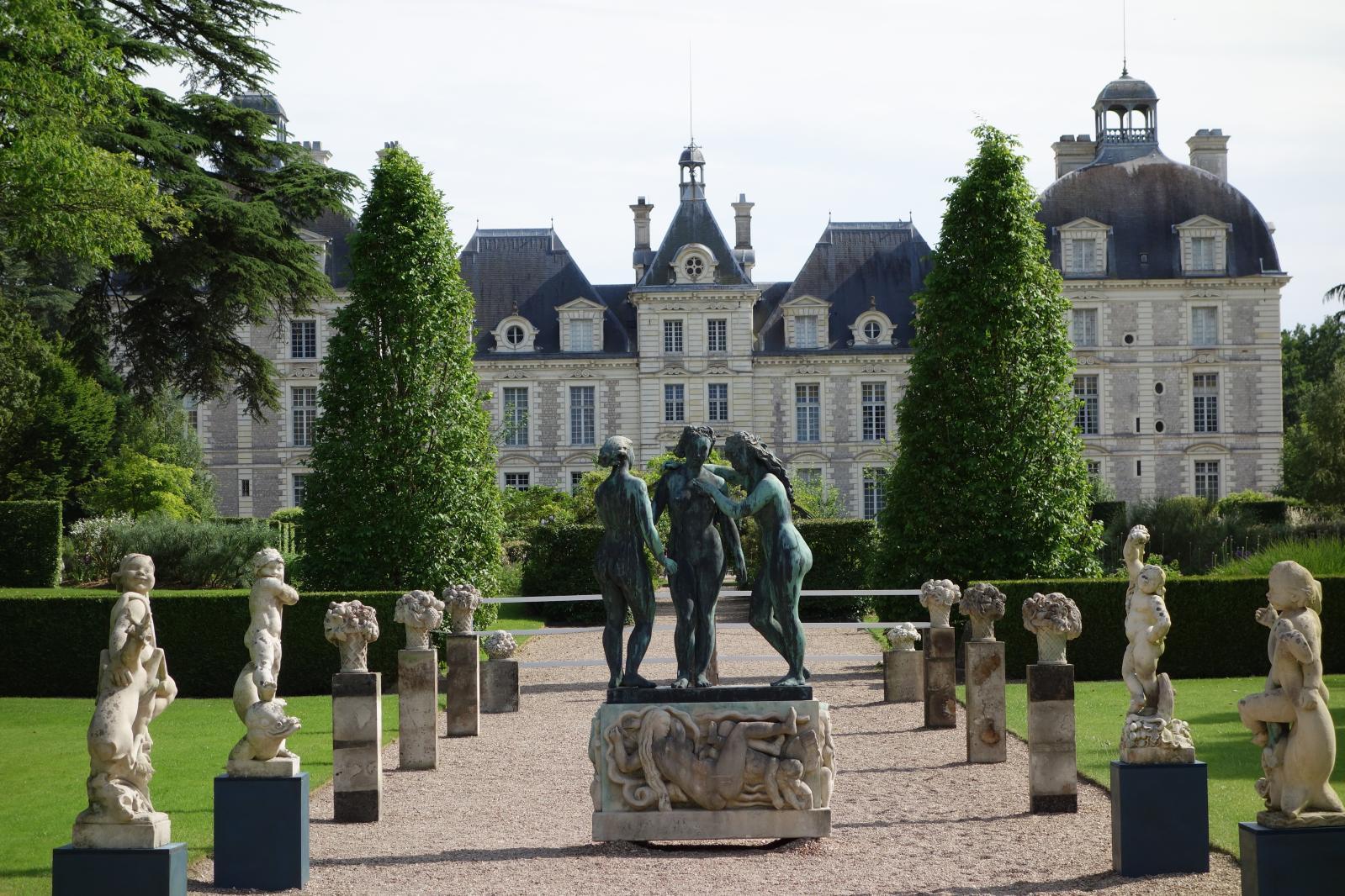 Alfred Auguste Janniot (1889-1969), Les Trois Grâces, bronze patiné signé, 252x144x78cm. Château de Cheverny, le 9 juin 2013, Rouillac OVV. Adjug