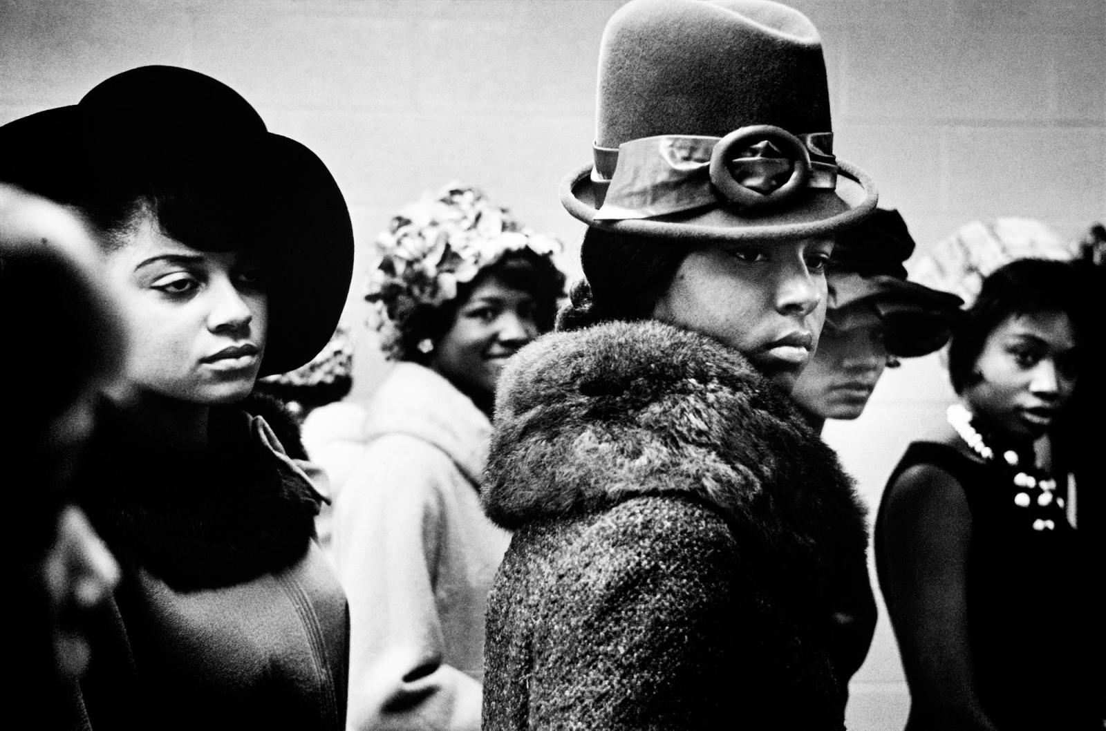 Leonard Freed, Harlem fashion Show, 1963. ©Leonard Freed/Magnum Photos