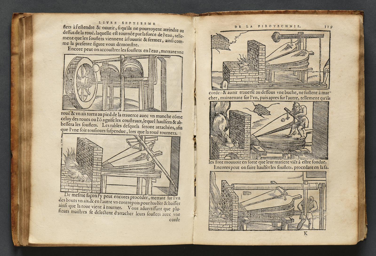 Vanuccio Biringuccio, La Pyrotechnie ou l'art du feu (Paris, 1572), un volume in-4° illustré de bois gravés, reliure muette de l'époque en vélin soupl