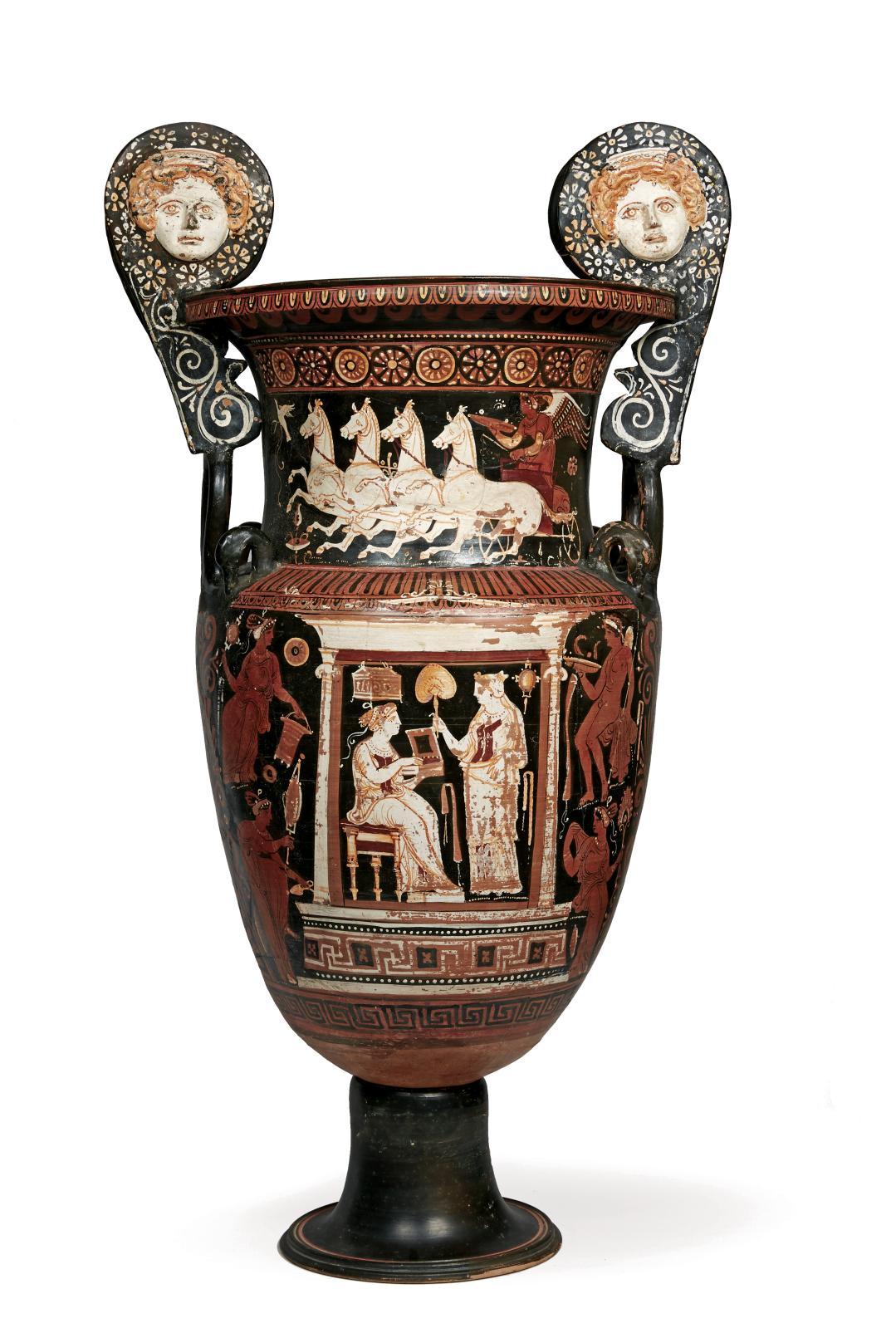 Grande-Grèce, Apulie, IVesiècleav.J.-C., attribuée au Peintre du Sakkos blanc. Paire de cratères monumentaux, terre cuite vernissée noir, peinture
