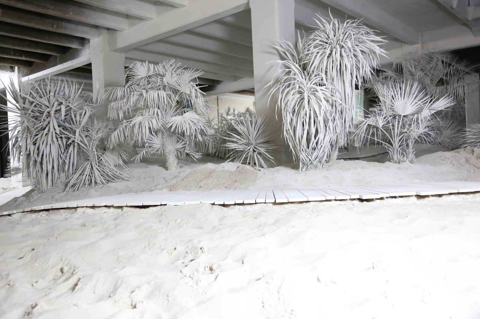 Vincent Lamouroux, Par nature, 2016, installation in situ pour la fondation d'entreprise Martell, à Cognac. DR