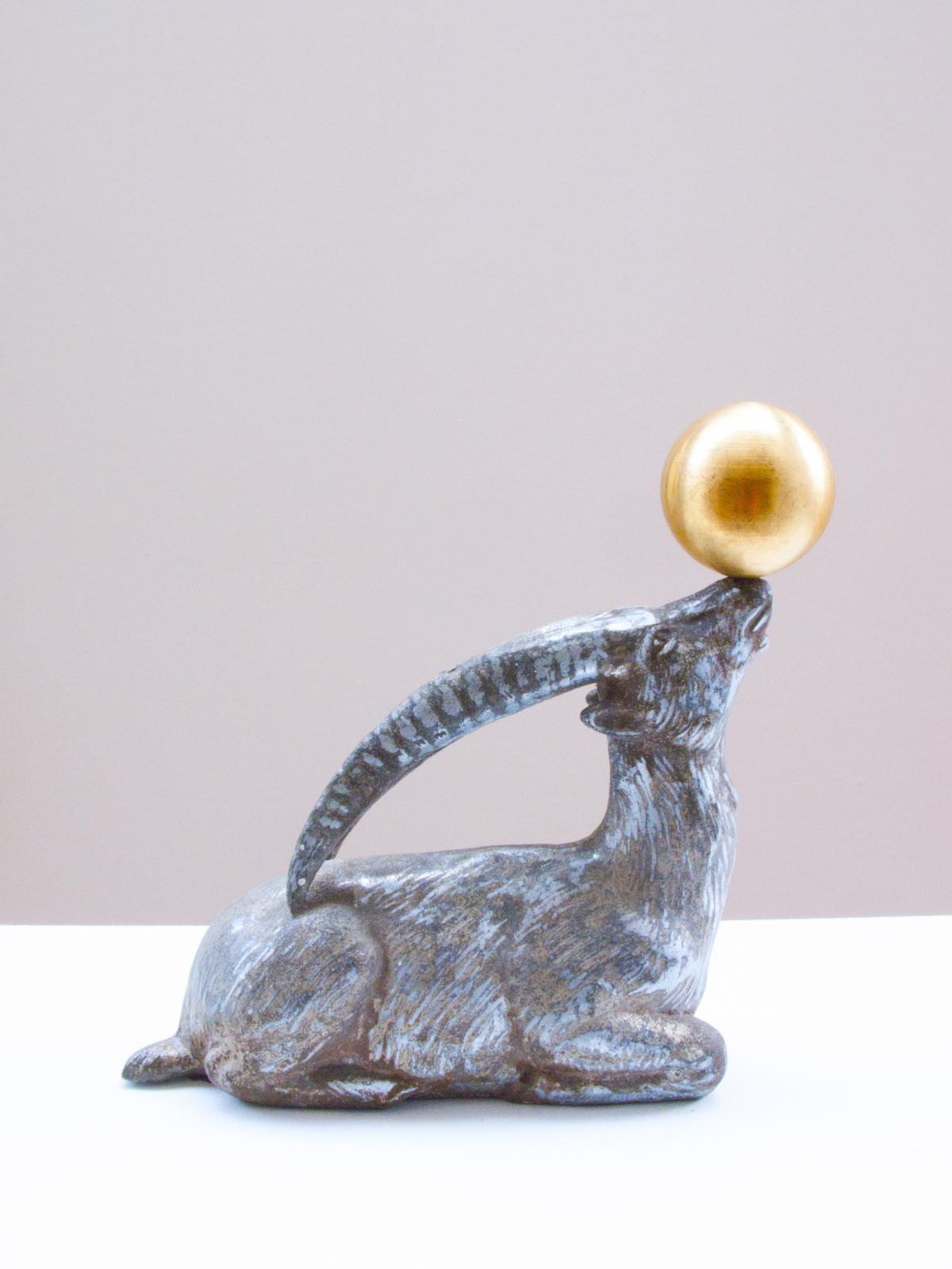 Stéphane Vigny (b. 1977), Bouquetin imitant l'otarie, 2015, tin and brass, one-of-a-kind piece, 15 x 14 cm.