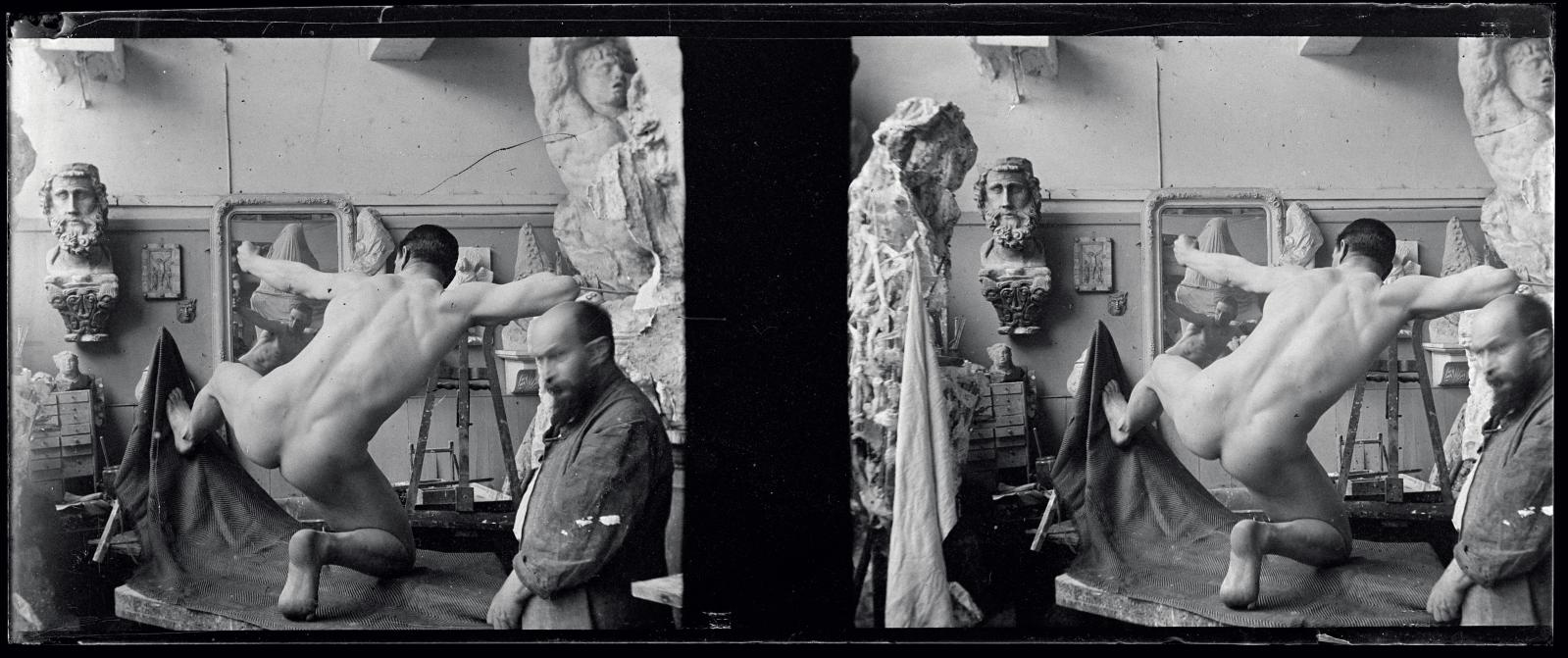 Le commandant Doyen-Parigot posant nu pour Héraklès archer, dans l'atelier de Bourdelle, vers 1909, anonyme, d'après un négatif au gélatino-bromure d'