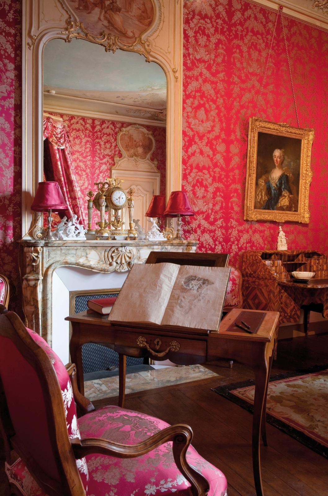La chambre des quatre saisons. Collection musée Anne-de-Beaujeu.