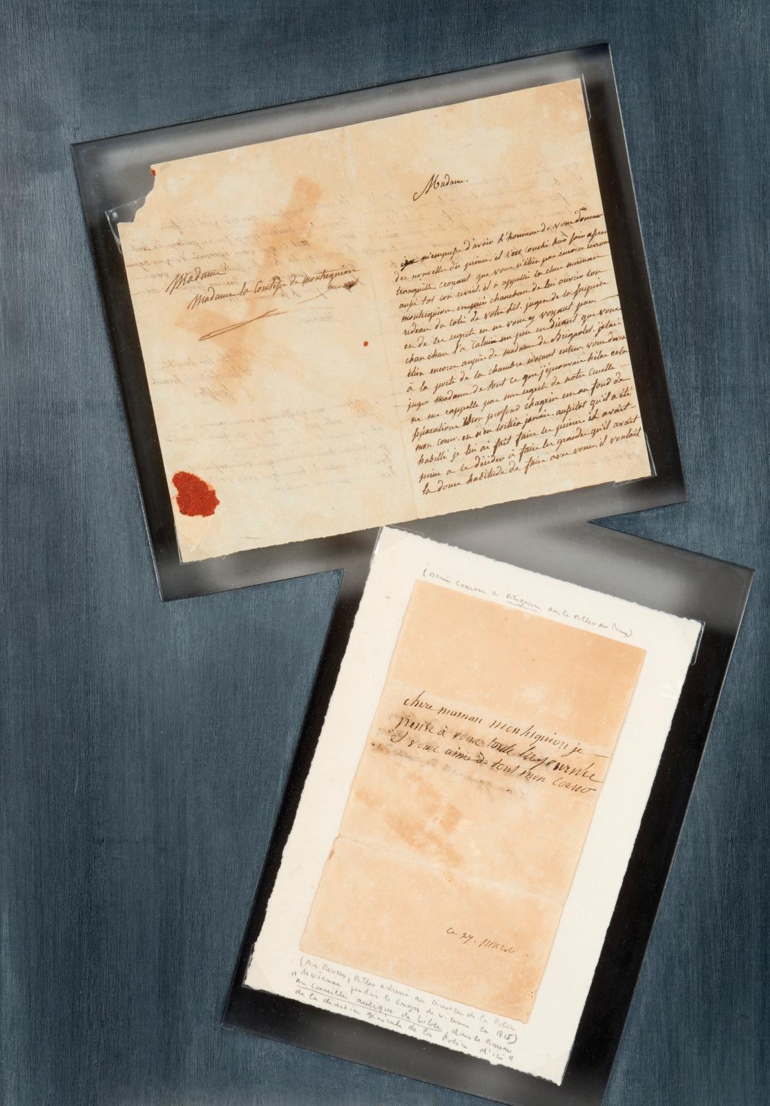 «Chère maman Montesquiou je pense à vous toute la journée et vous aime de tout mon cœur»… En mars 1815, l'Empereur, qui a quitté l'îled'Elbe, entame