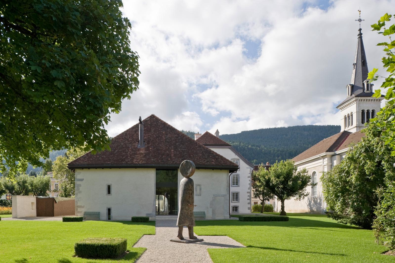 Jean-Michel Folon (1934-2005), Le Temps (Time), 2005, patinated bronze, 1/5.