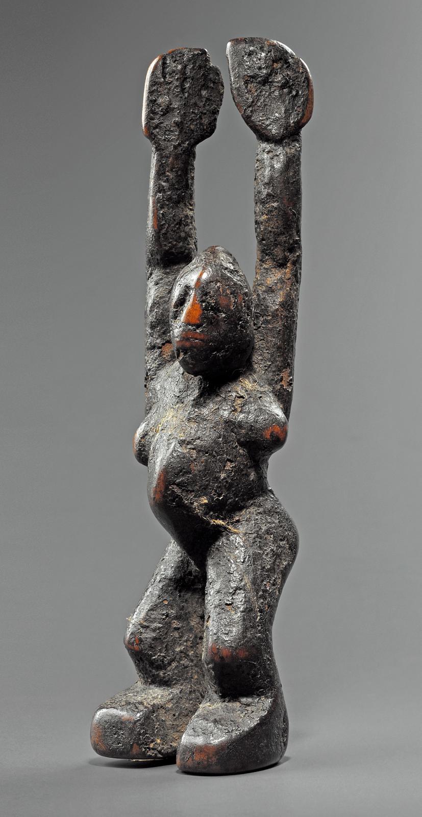 Statuette buthib lobi, style dagara-lobr, Burkina Faso, bois, h.17cm. Estimation : 20000/30000€