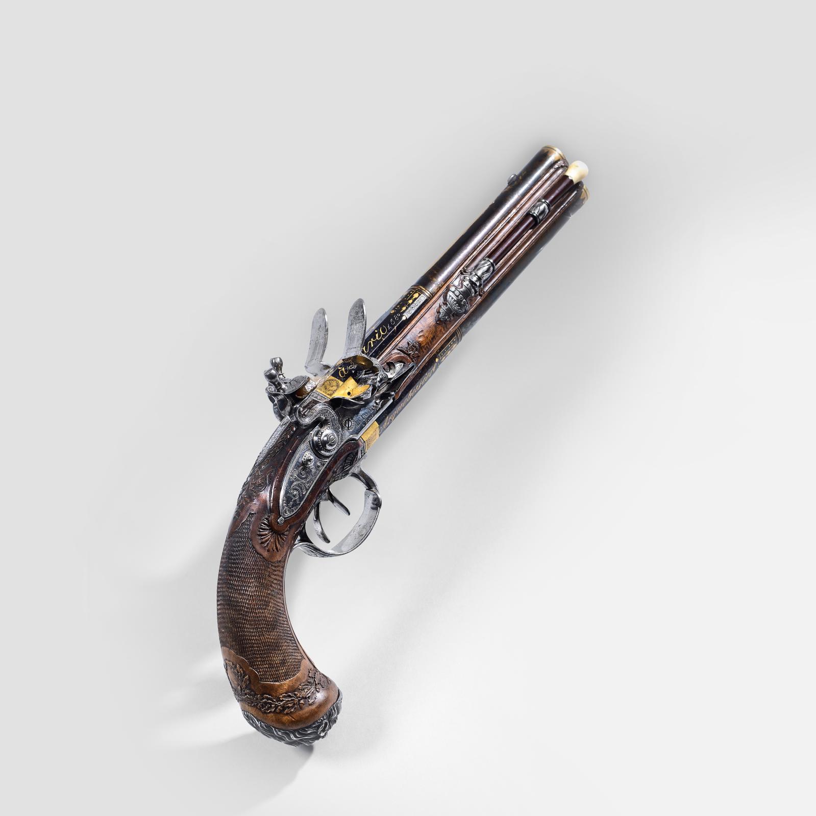 102080€ Lepage à Paris, pistolet à silex de calibre 13,5mm ayant probablement appartenu à l'Empereur, canons superposés bleuis et dorés à pans puis