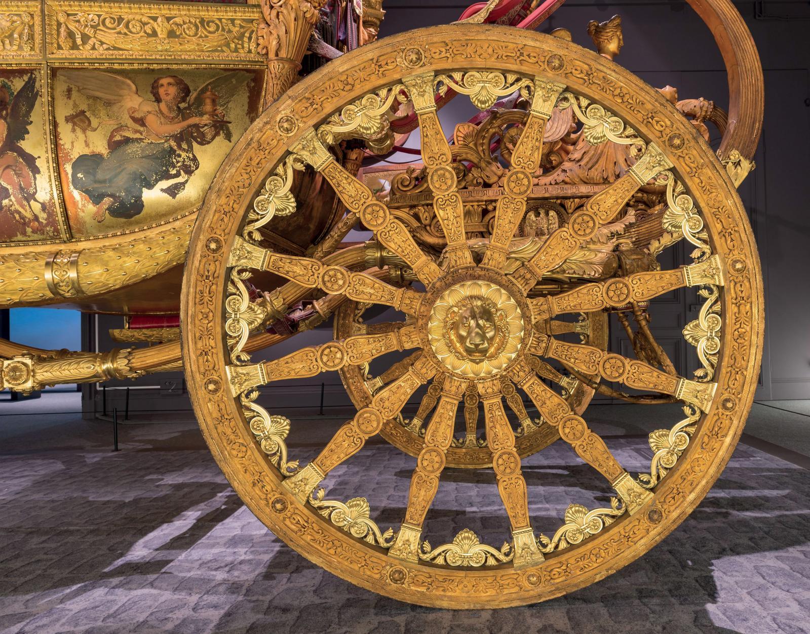 Roue du carrosse du sacre de CharlesX, 1825.