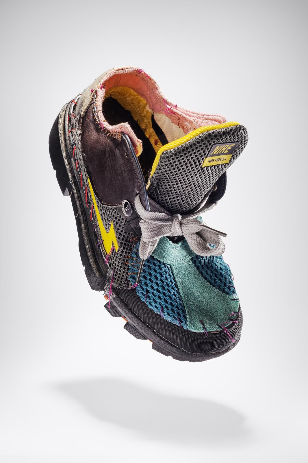 Sander Wassink (né en 1984), Shoes, mix textile.