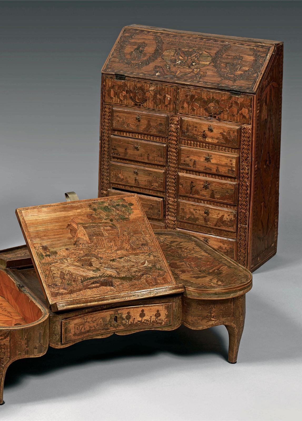 Table d'accouchée XVIIIesiècle attribuée à Delasson, 19x61,5x38cm (lot n°184 du catalogue), et scriban miniature, vers 1800, 58x43x18cm (l