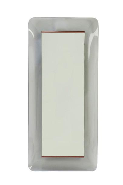 5460€Max Ingrand (1908-1969), édition Fontana Arte, miroir, vers 1956, verre teinté gris incurvé, bois, 110,5x50,5x 7,5cm. Drouot, 6avril 2016.