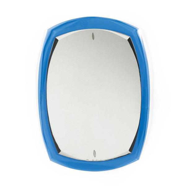 3349€Attribué à Fontana Arte, miroir, vers 1960, verre bleuté et verre miroir, 83x60cm. Atelier Richelieu, 23juin 2015.Pierre Bergé &AssociésO