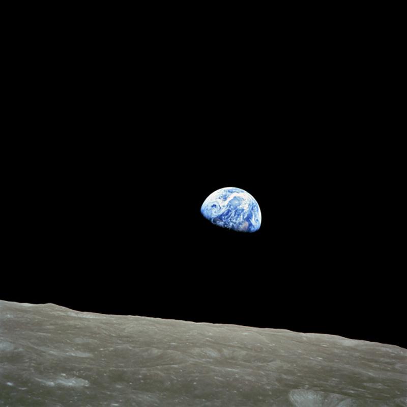 Nasa, décembre 1968. Lever de Terre pour la première fois réalisé par l'homme depuis l'orbite lunaire par les astronautes de la mission Apollo8, tira