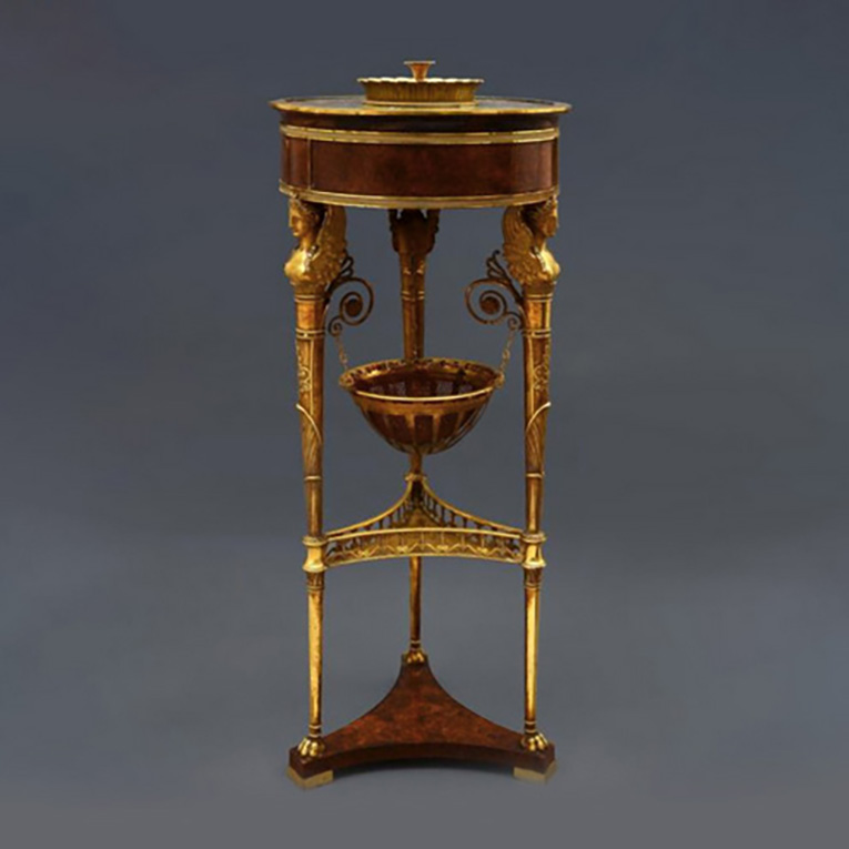 €206,118Jacob Frères, tripod in arborvitae burr veneer forming a perfume pot-pourri, three retractable drawers, chased gilt bronze mountin