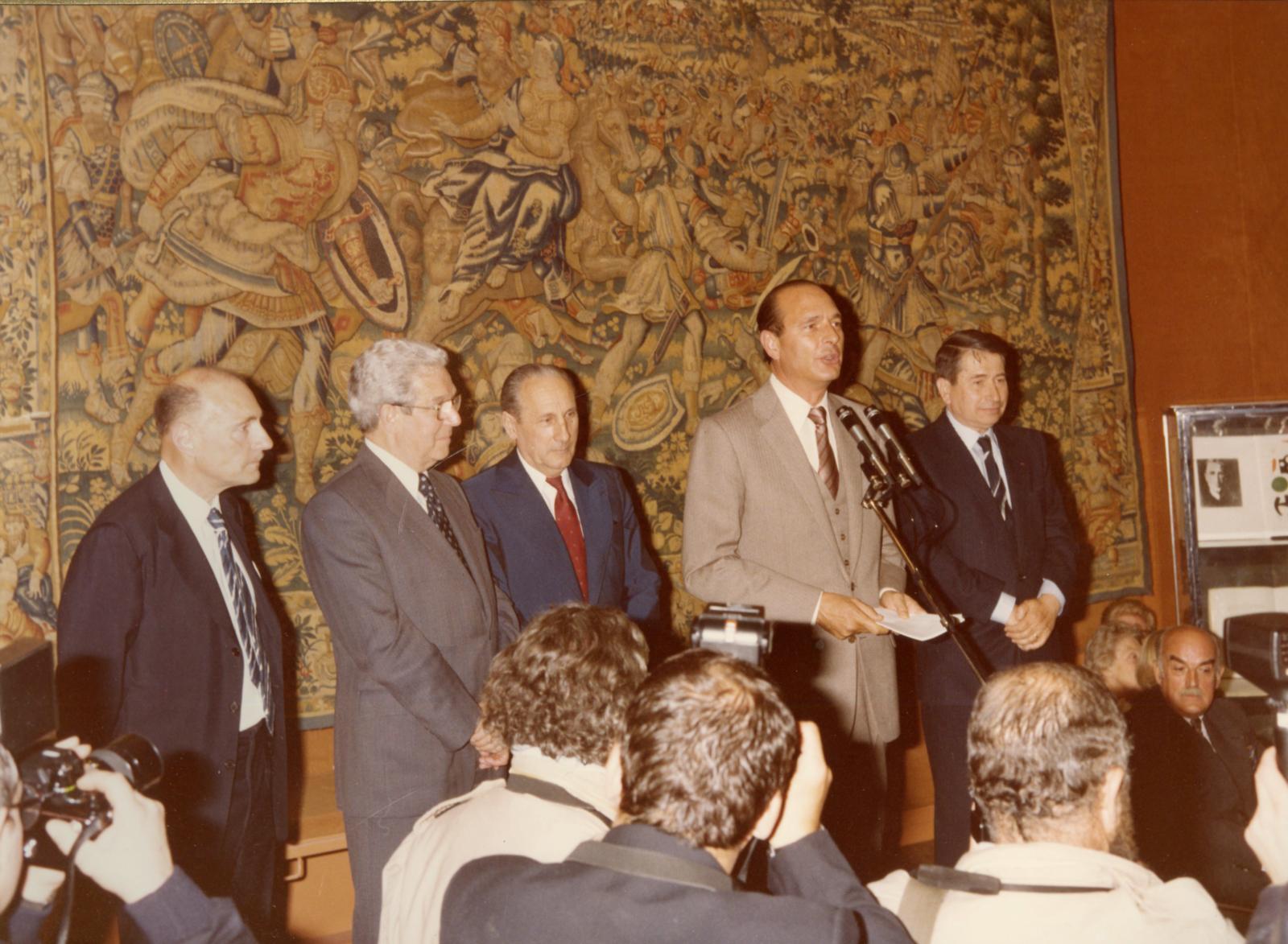 Jacques Chirac inaugurant l'Hôtel Drouot le 13 avril 1980