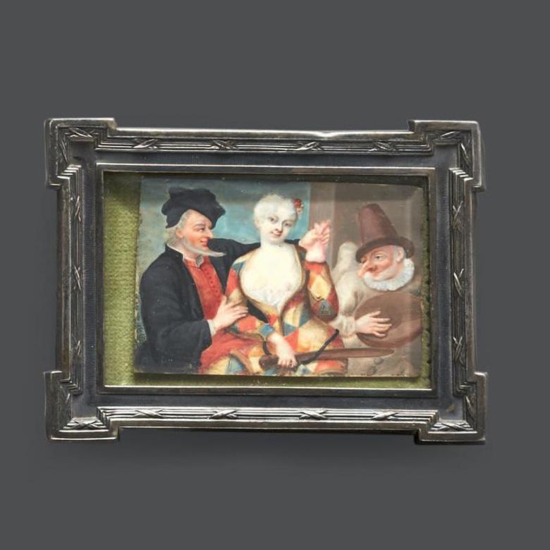 1020€ École vénitienne, vers 1750, Scène de la commedia dell'arte animée de trois personnages, miniature sur ivoire, cadre en argent, mi