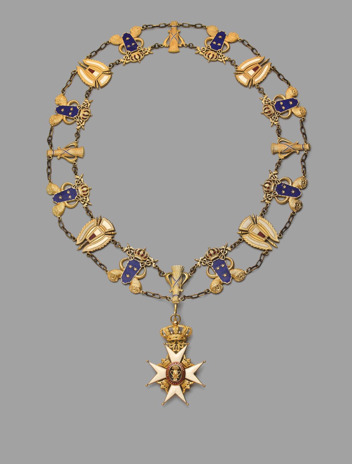 Suède, ordre de Vasa, fondé en1772, collier de grand-croix en bronze doré, composé de seize maillons émaillés reliés par des chaînons, hu