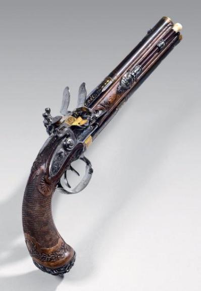 €102,080Lepage, Paris, 13.5 mm calibre flintlock pistol that probably belonged to the Emperor, blued, gilt over and under barrels, one rif