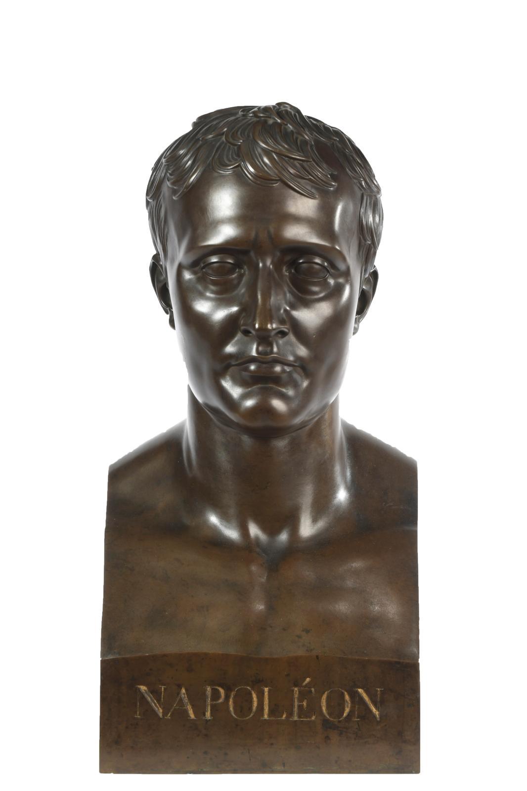 Ce bronze de L'Empereur Napoléon Ier à l'antique a été commandé par Vivant Denon (1747-1825) à la fin de l'année 1807 ou au début de 1808