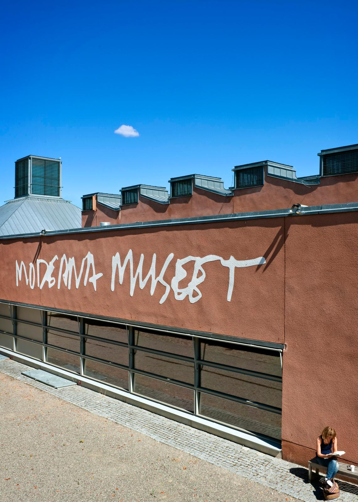 Le Moderna Museet, à Stockholm, construit entre 1994 et 1998 sur les plans de l'architecte espagnol Rafael Moneo.