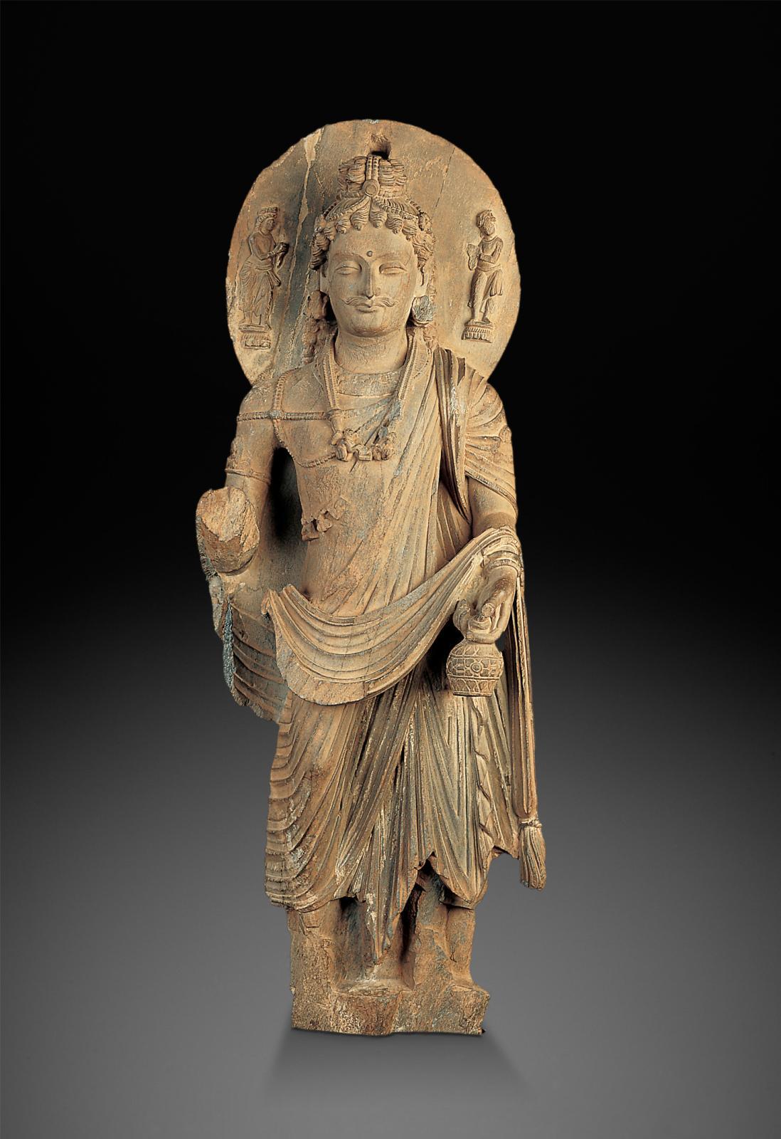 Bodhisattva Maitreya, Pakistan ou Afghanistan, époque Kushan, IIIesiècle, schiste gris, musée des beaux-arts de Montréal. Photo MBAM, Chr
