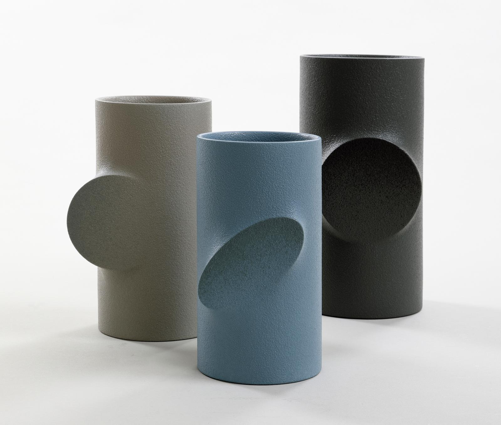 Jeongwon Lee, vases, 2019. Courtesy of Korea Ceramic FoUndation
