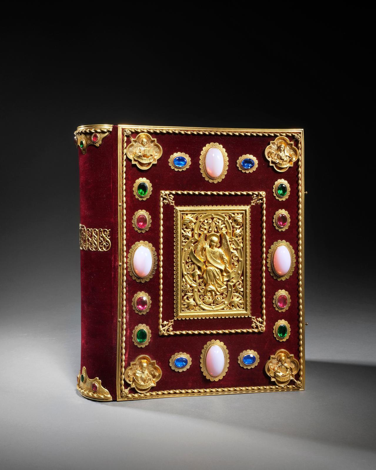 Heures de la reine Anne deBretagne. Paris, Curmer, [1859-1861], fort volume grand in-4o; reliure évangéliaire de l'éditeur en velours gr
