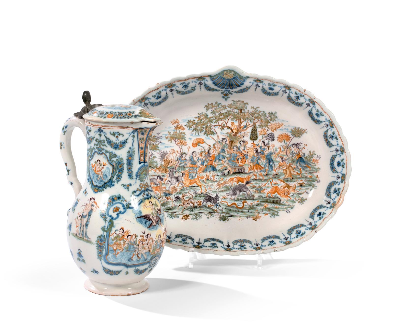 Au XVIIIesiècle, Moustiers, riche de nombreux ateliers, produit une céramique de grande qualité rivalisant avec sa concurrente du Sud, Ma