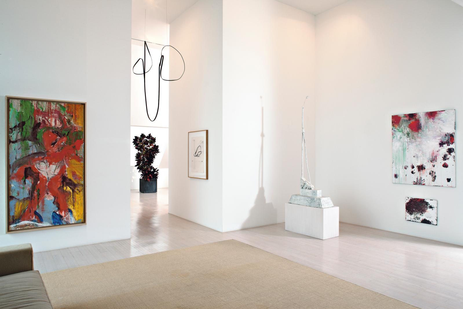 Vue d'intérieur privé.Œuvres de Willem De Kooning,d'Al Taylor.