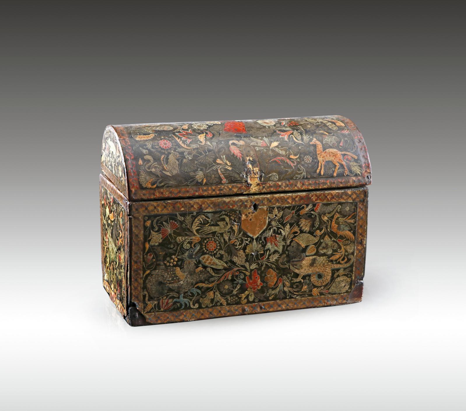 Ancienne vice-royauté du Pérou (Colombie), ou Quito (Équateur), vers1650-1700. Coffret en vernis de Pasto, 17x22,5x11,5cm. Adjugé: