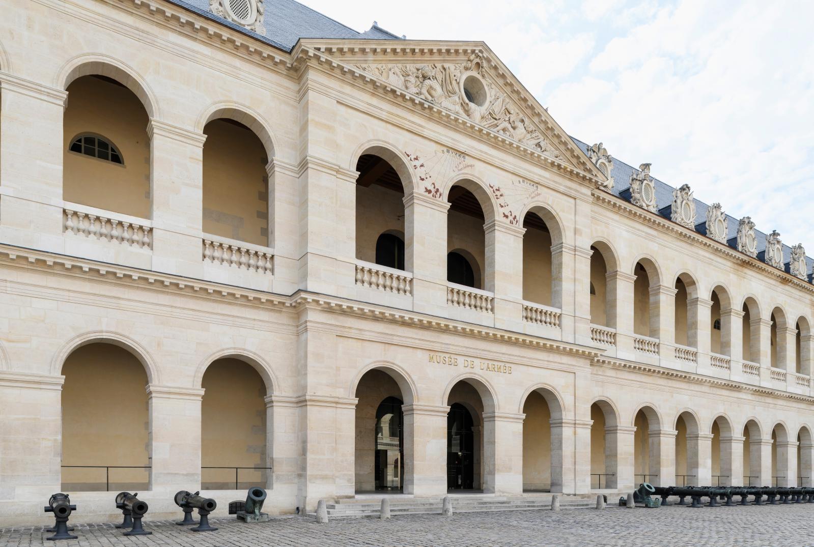 Cour de l'hôtel national des Invalides. © Paris, musée de l'Armée/Pierre Antoine