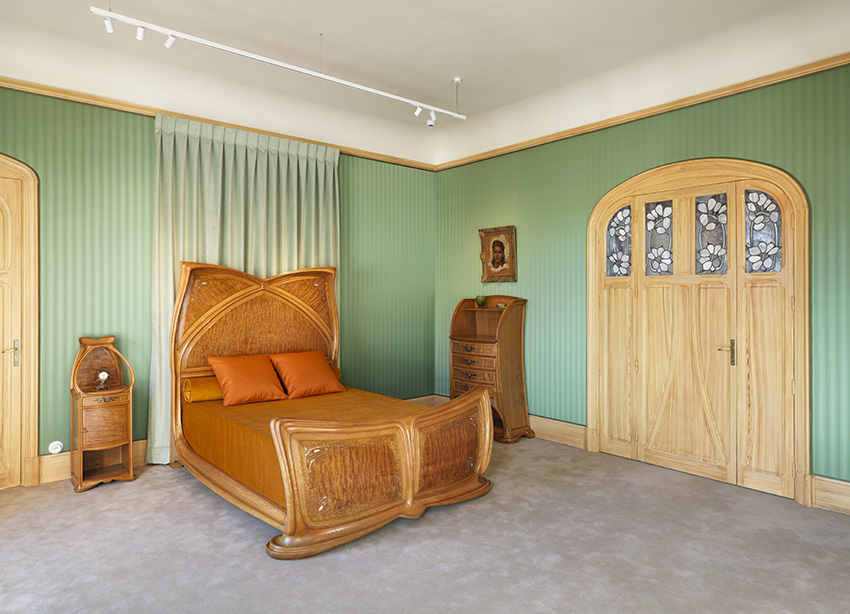 The bedroom© MEN - Cliche? Sime?on Levaillant, 202